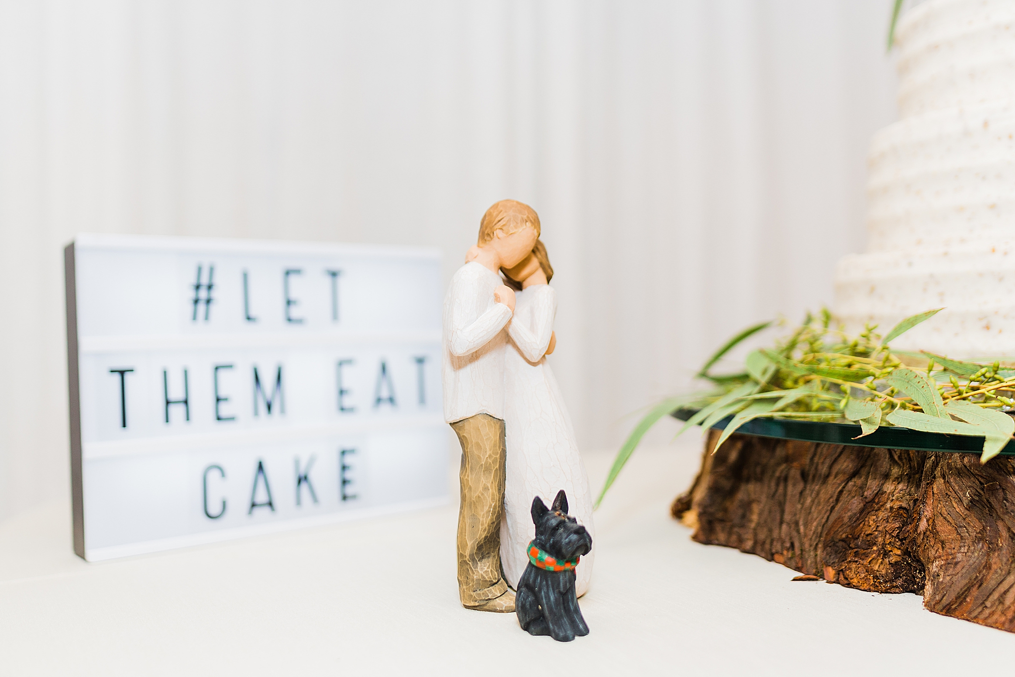 WillowTree figurine with dog by wedding cake