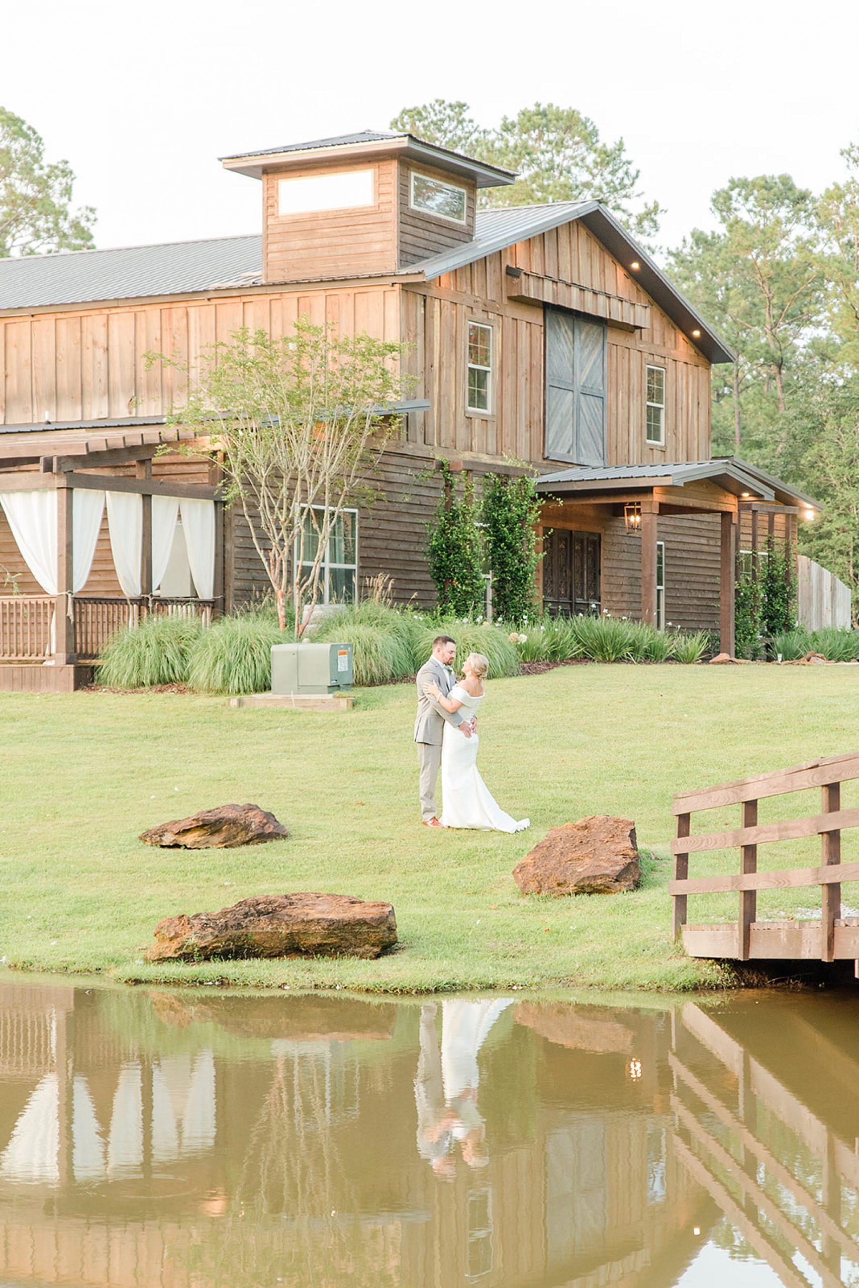 Izenstone wedding portraits in Alabama