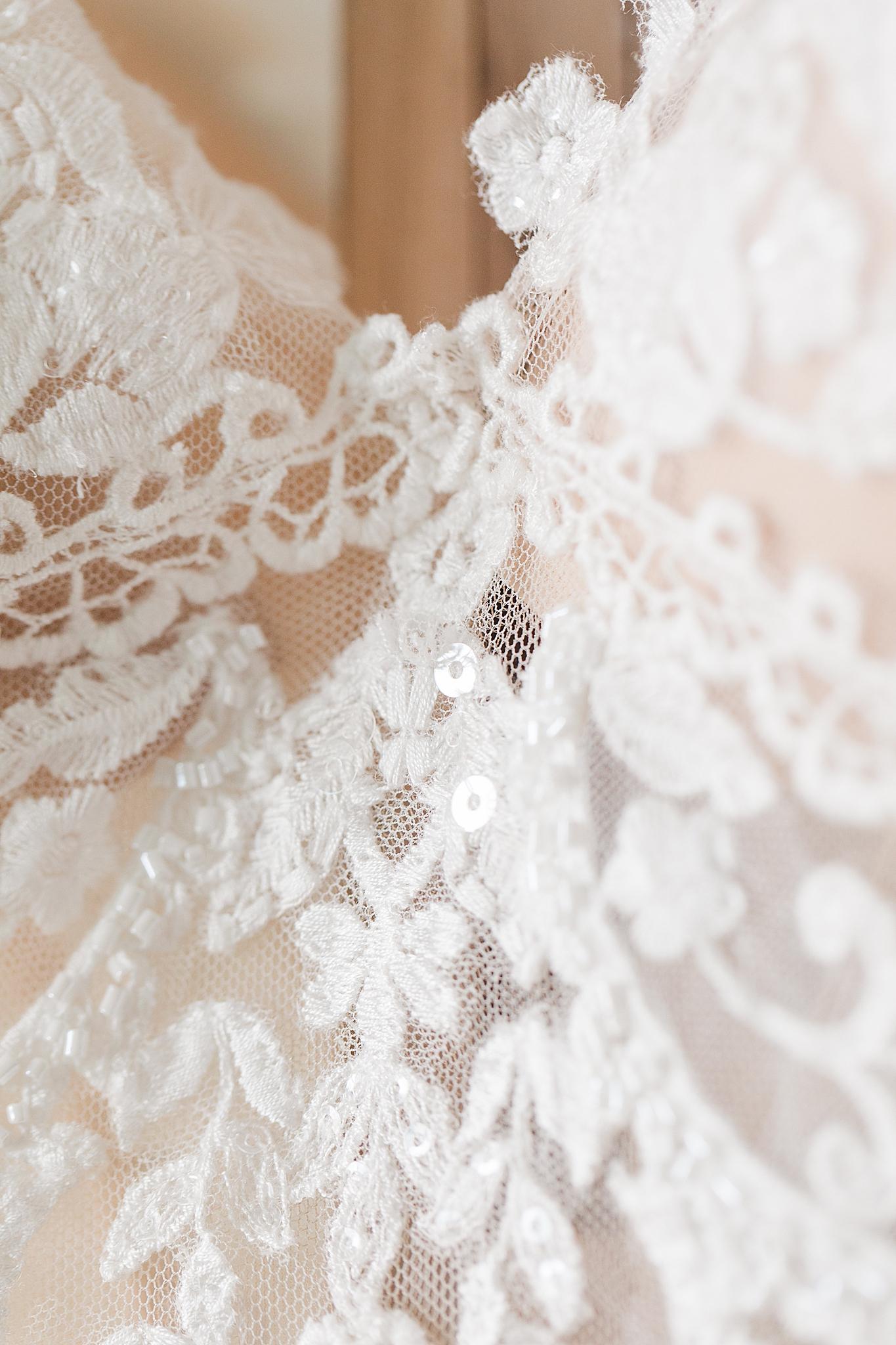 lace details of wedding dress
