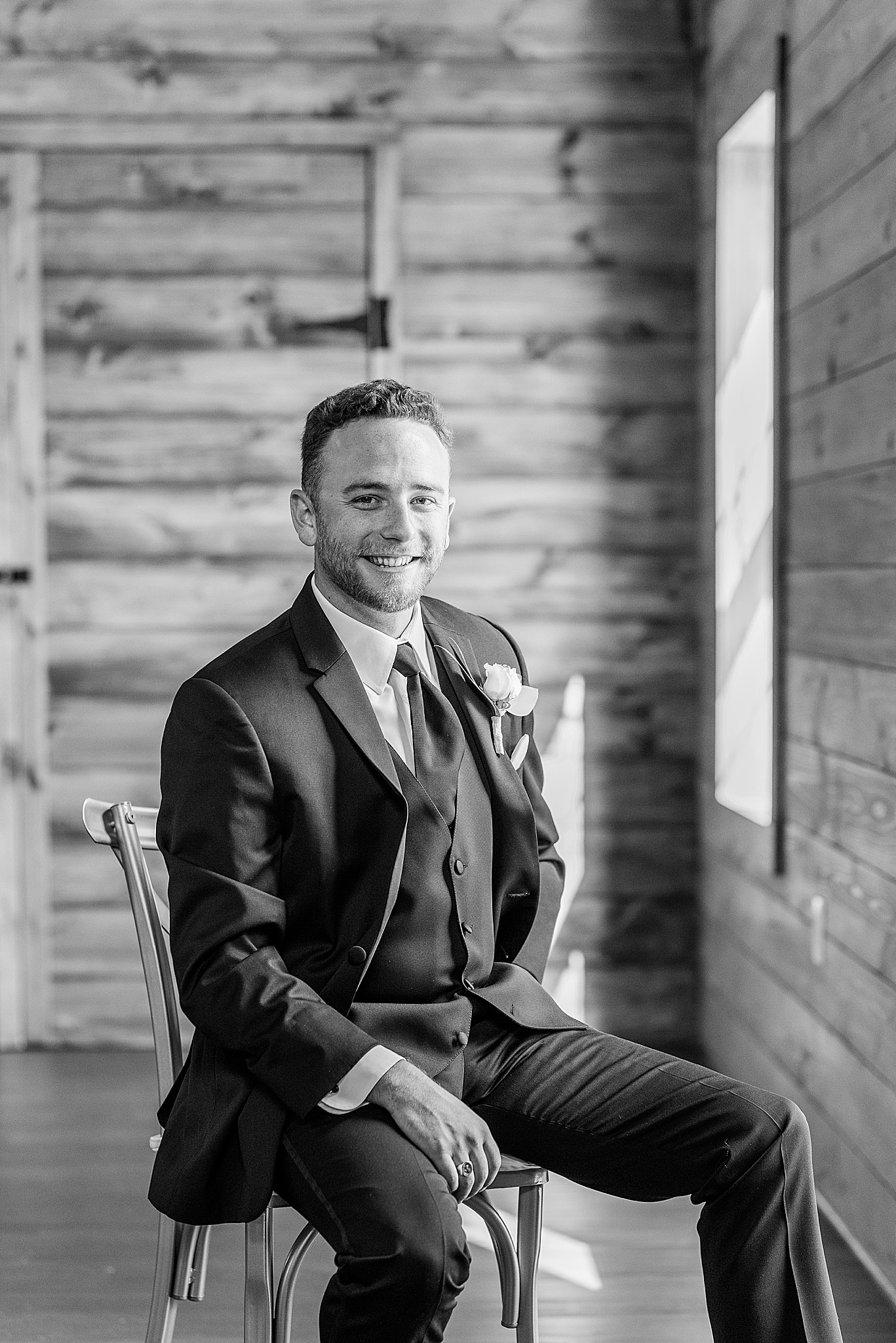 classic black and white portrait of groom