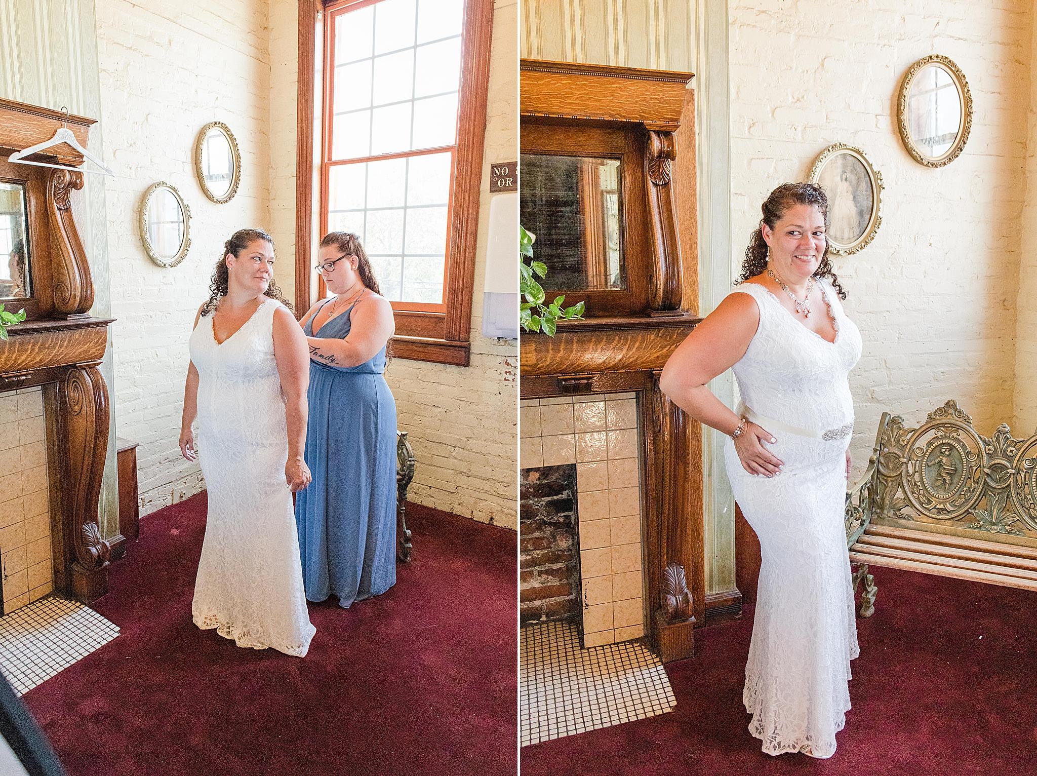 bride prepares for Pensacola FL wedding