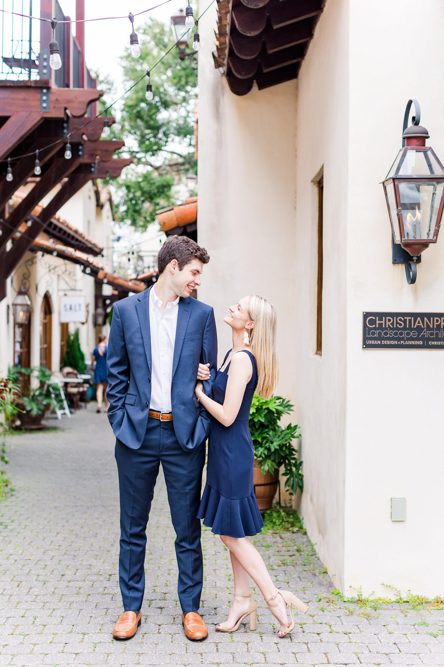 engagement portraits in Downtown Fairhope AL