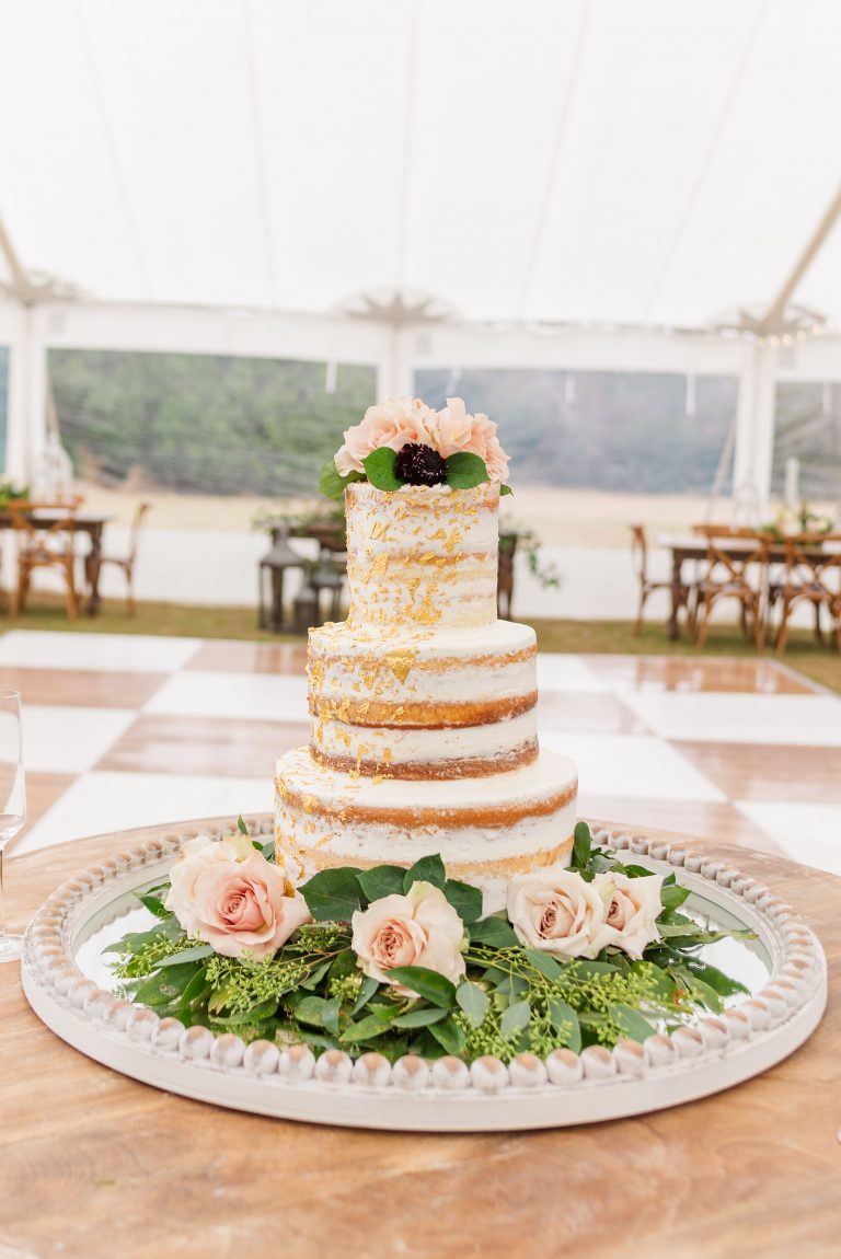 tiered naked cake for New Year's Eve wedding