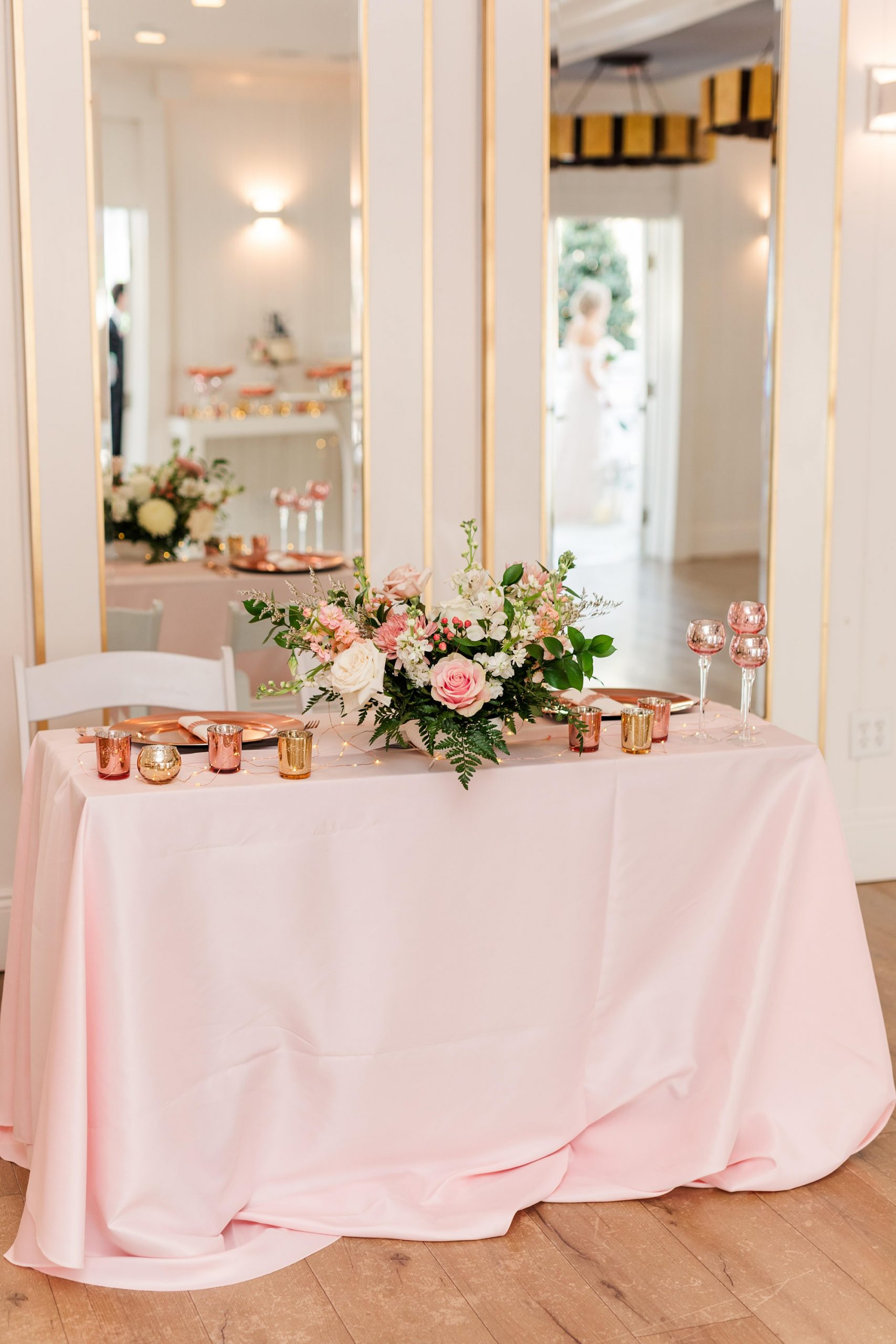 Little Point Clear wedding reception with pink details
