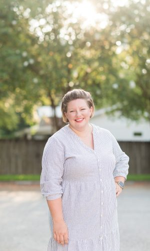 Meet full service Alabama and Gulf Coast wedding photographer Toni Goodie of Goodie and Smith Weddings